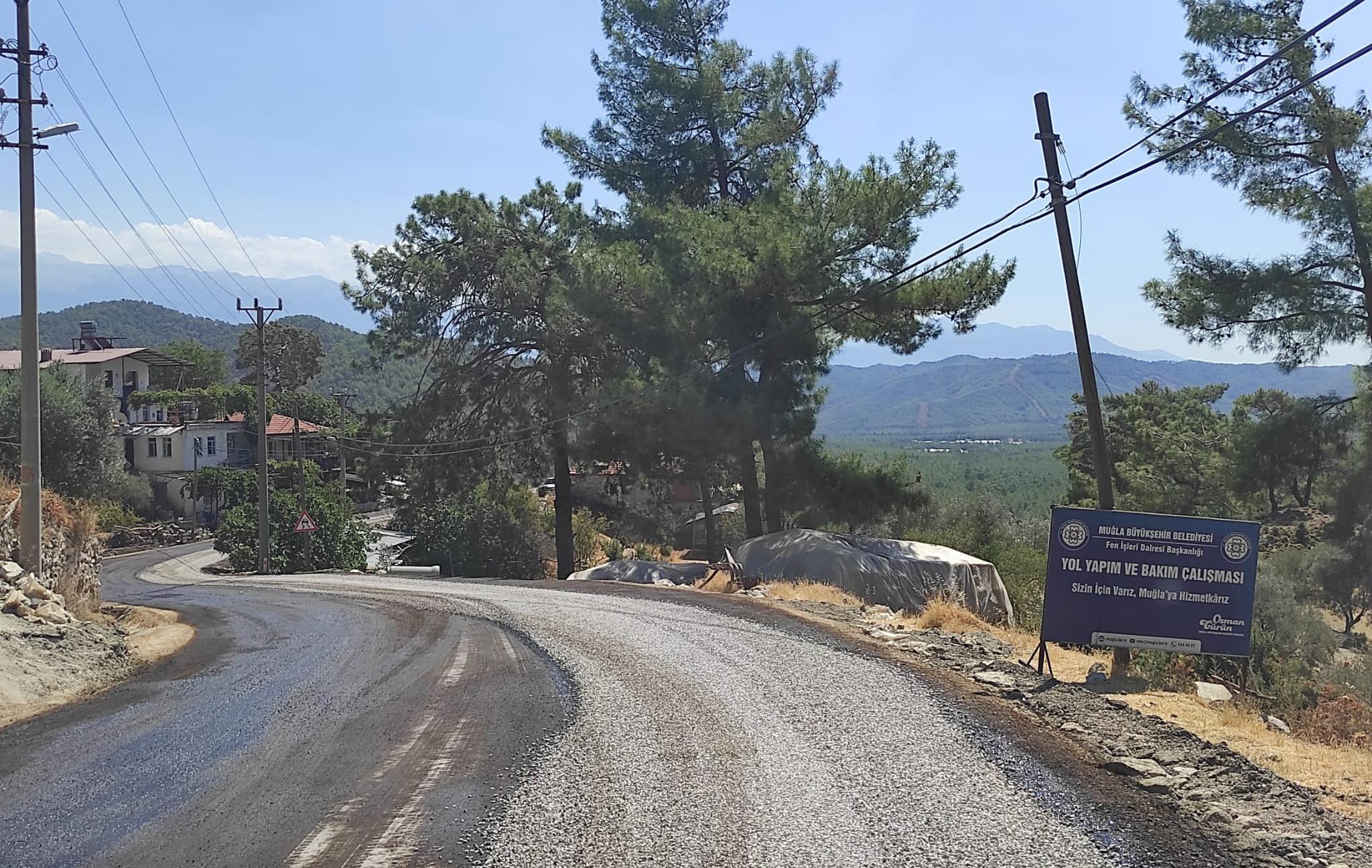 FETHİYE VE SEYDİKEMER'DE YOLLAR ASFALTLANDI